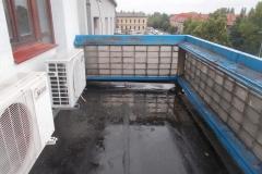 Upozorním Vás na  riziko zatečení z důvodu nefunkčního odvodnění terasy, balkonu, střechy.