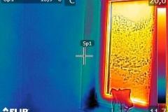 Používám moderní technologie k odhalení úniku tepla